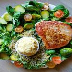 Tuna sa zelenim povrćem